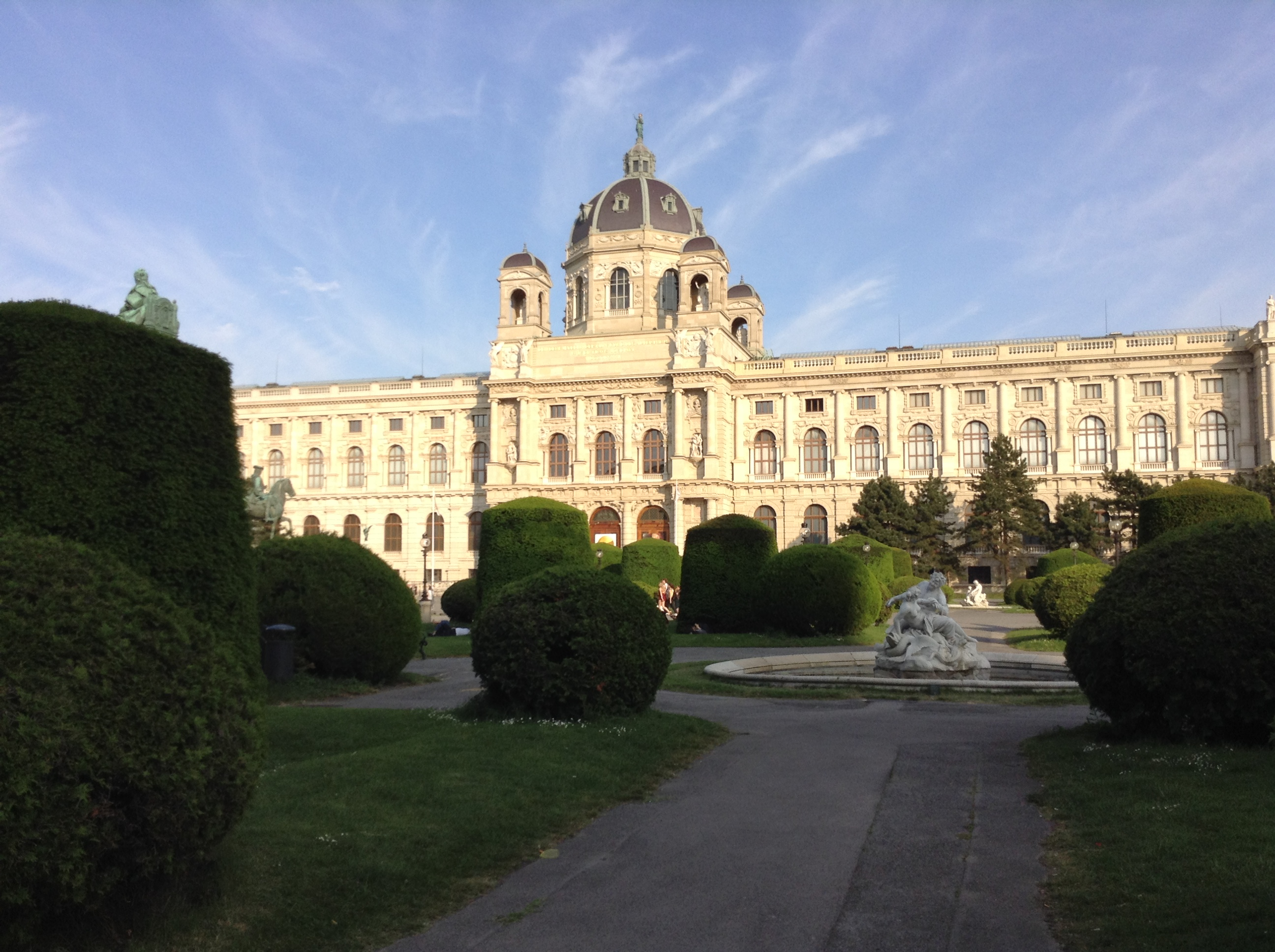 Maria Theresien Platz (9)
